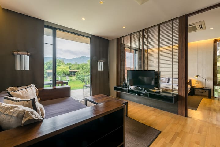 Mountain View Two Bedroom Suite