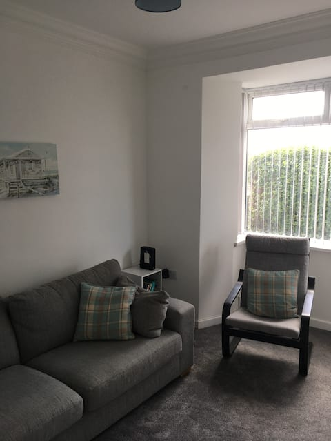 Conveniently located home in Swansea