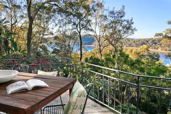 Sunny, Private & Quiet House with Water Views