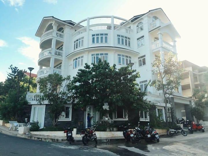 Biệt Thự Nha Trang Star