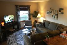 Home Away From Home!  Clean & Comfy 2-bedroom Home