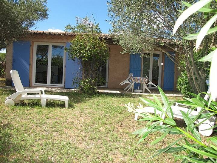 LOCATION,PROVENCE,JARDIN,PARKING