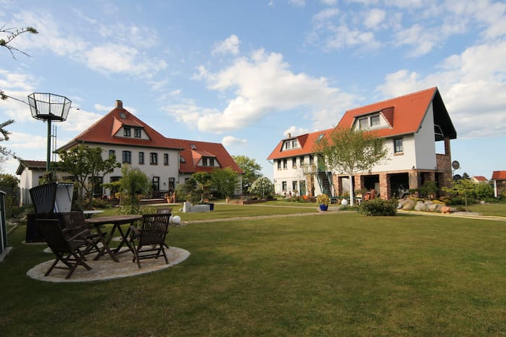 Bestens eingebettet im Naturpark der Insel Usedom - Liepe - Lägenhet