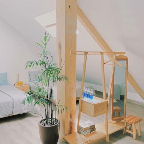 Tía Dú attic 8 (2 double beds, cozy and pretty)