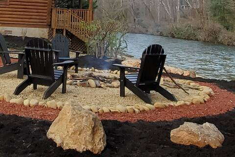 Tallulah River Cabin - A Riverfront Experience