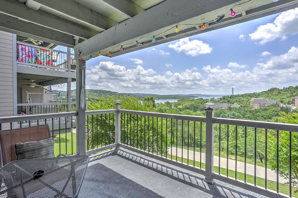 Lake views await you at this 2-bedroom, 2-bath vacation rental condo in Branson!