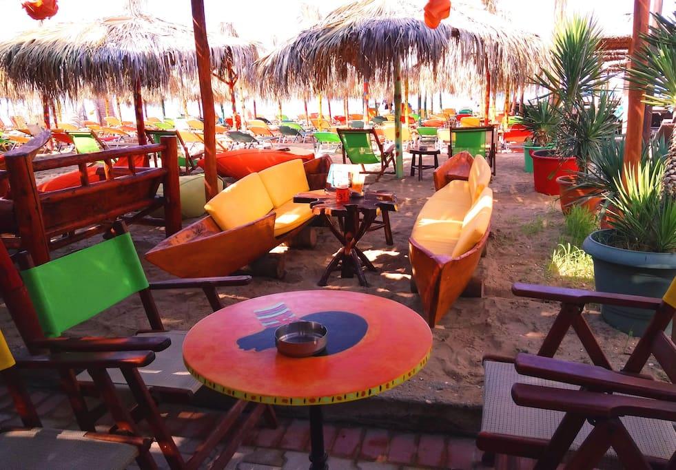 """Rasta"" Beach bar in Paralia Vergia 900m from the Wooden house."