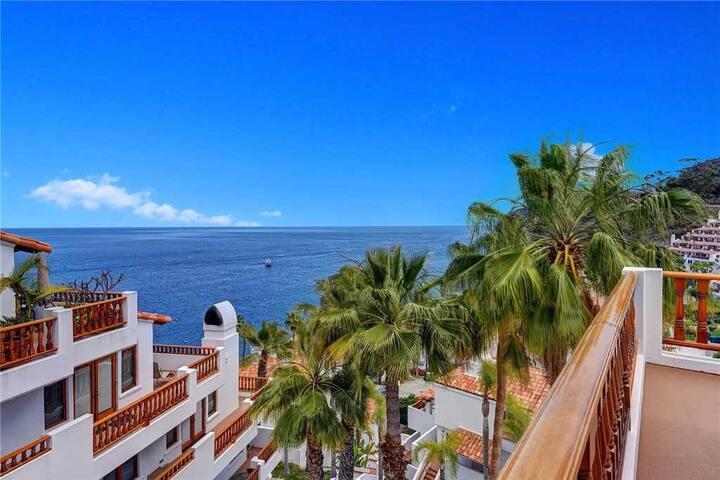Spacious Villa, Bright, 1300 sq. ft., WIFI, Golf Cart, 2 Fireplaces - Hamilton Cove Villa 17-82