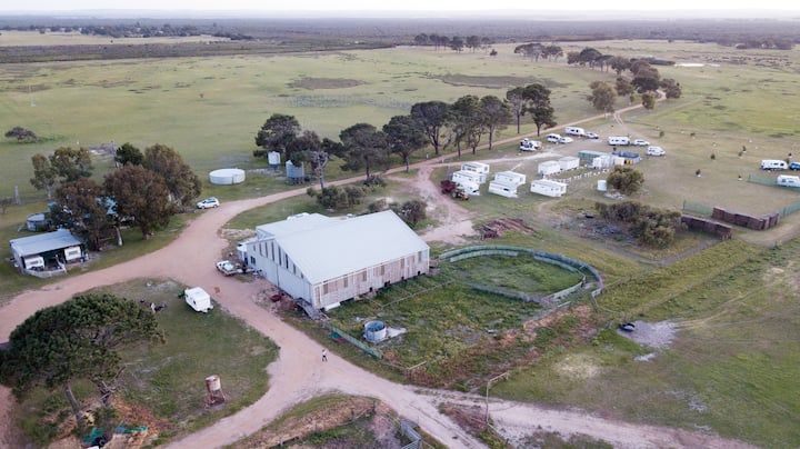 Nambung Station Stay - B&B