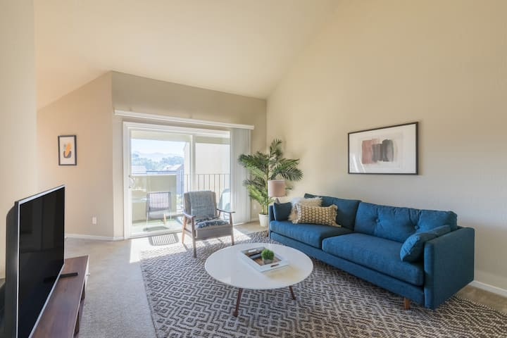 Furnished 1BR in San Rafael w/ Parking, near Dtwn