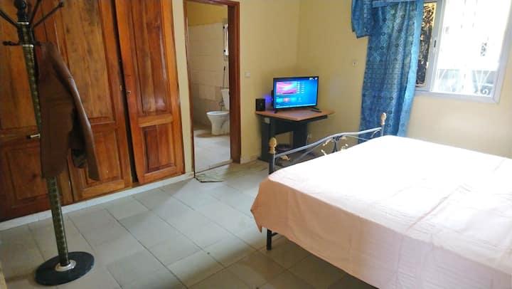Charmant Chambre privée VDN Dakar
