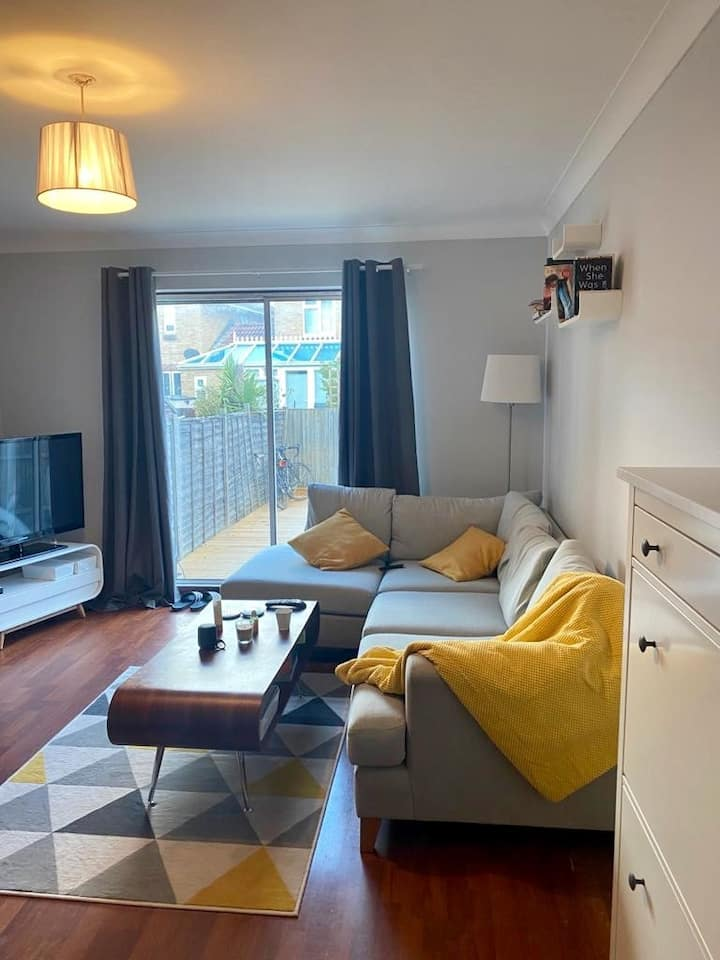 House with garden and parking in Bermondsey