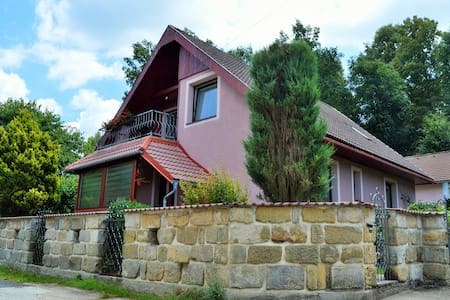Pokoj v rodinném domku