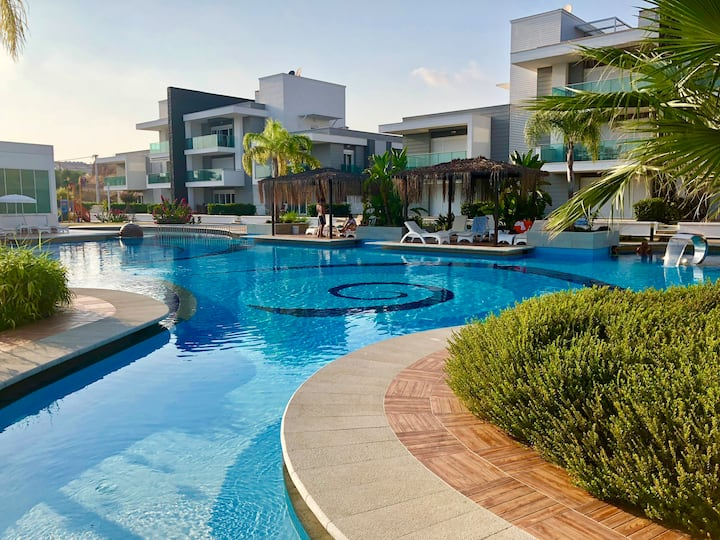 NEW- Luxury Apartment - Side - ZEN