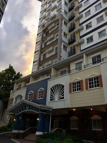 Apple One Banawa Heights-CITY VIEW 1BR Condominium
