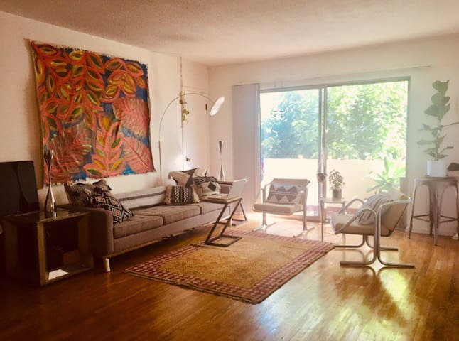 Prime location!Beverly Hills/Pico 15 min to beach