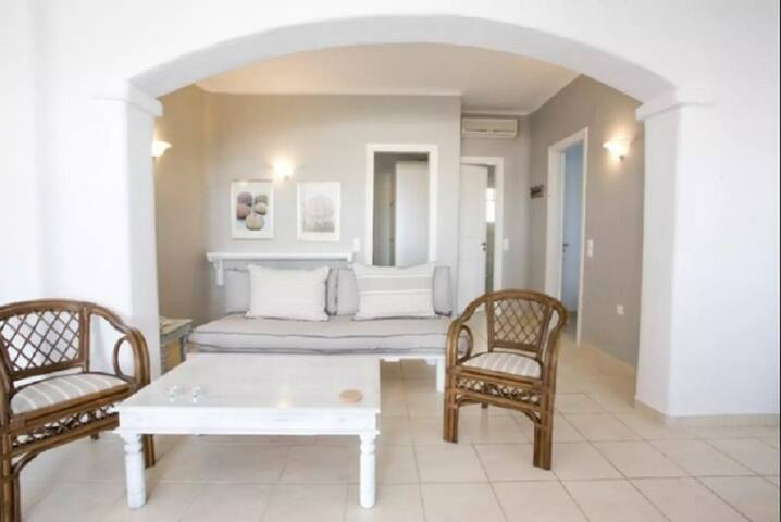 Panormos Two-Bedroom Residence C - Mykonos - Bed & Breakfast