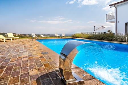 Luxury 5 bedroom villa in Abruzzo, Italy - Penne - Villa