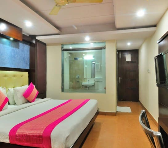 Standerd Rooms, New Delhi