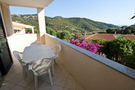 Sardegna appartamento paduledda - Trinità dagultu
