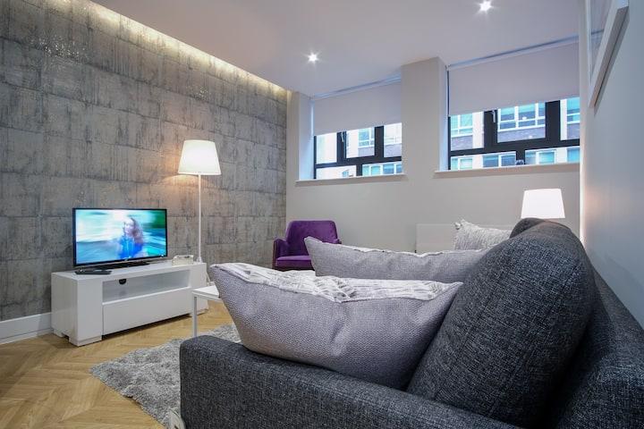 **Antilla 1 Bed Luxury Flat**  - Birmingham Centre