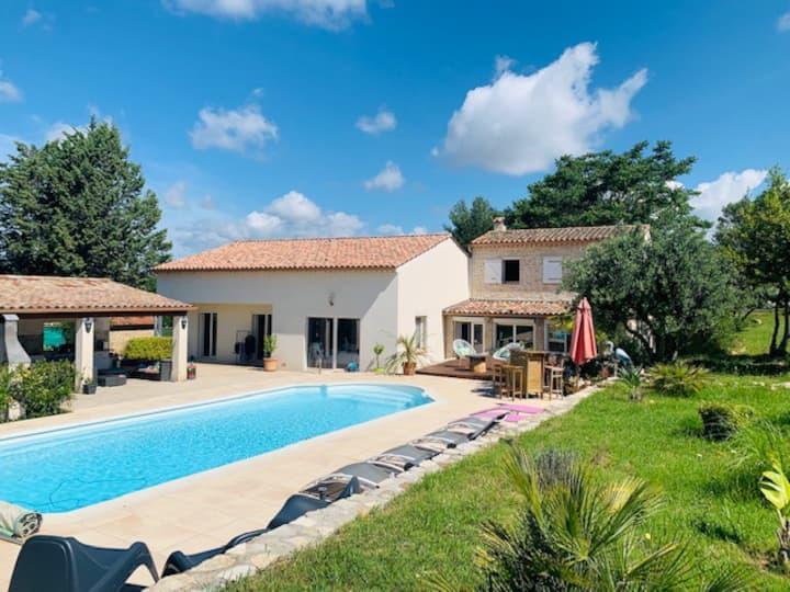 "Villa Provençale ""L'Oliveraie"""