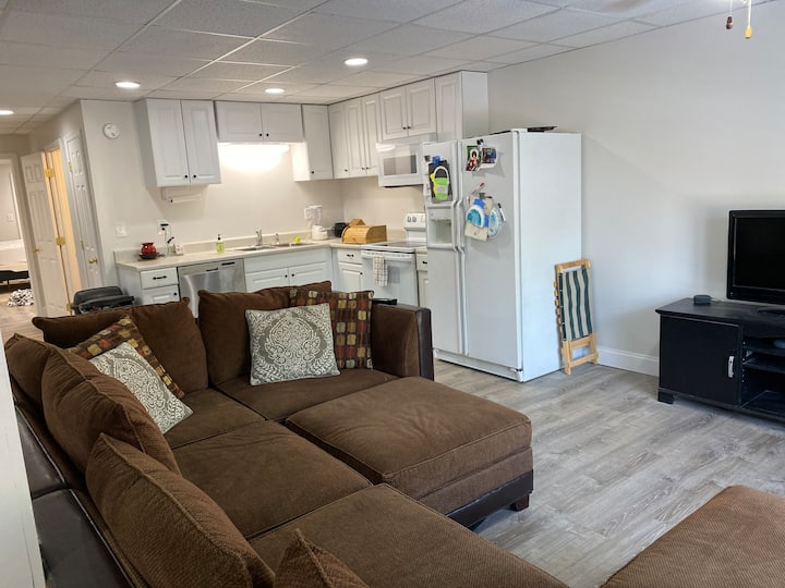 Private basement apartment with full kitchen