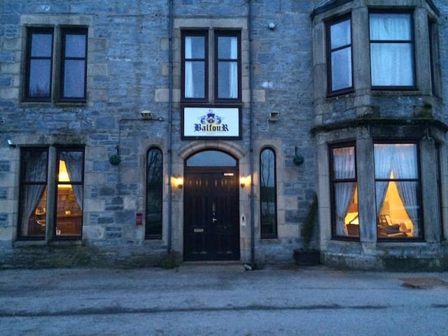 Boutique Manor Twin Room - Tomintoul - Bed & Breakfast