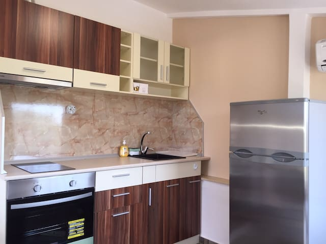 Newly renovated Appartments at Chernomoretz - Chernomorets - Apartment