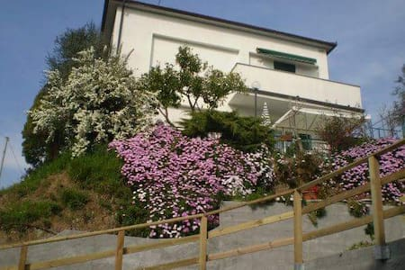 Elegante appartamento in villa - Sestri Levante