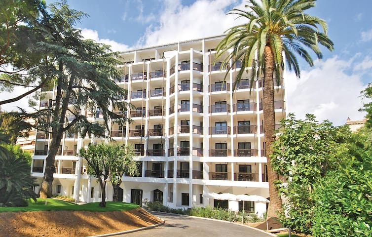 Holiday apartment with 1 room on 39m² in Cannes
