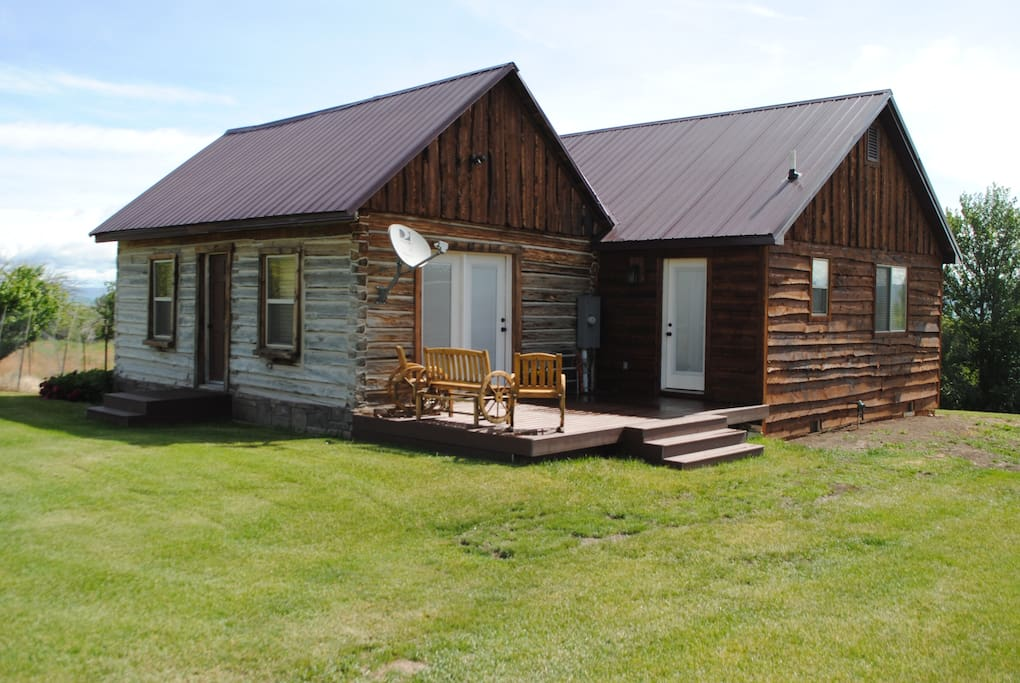 Bear lake cabin w beach access cottages for rent in for Fish lake cabin