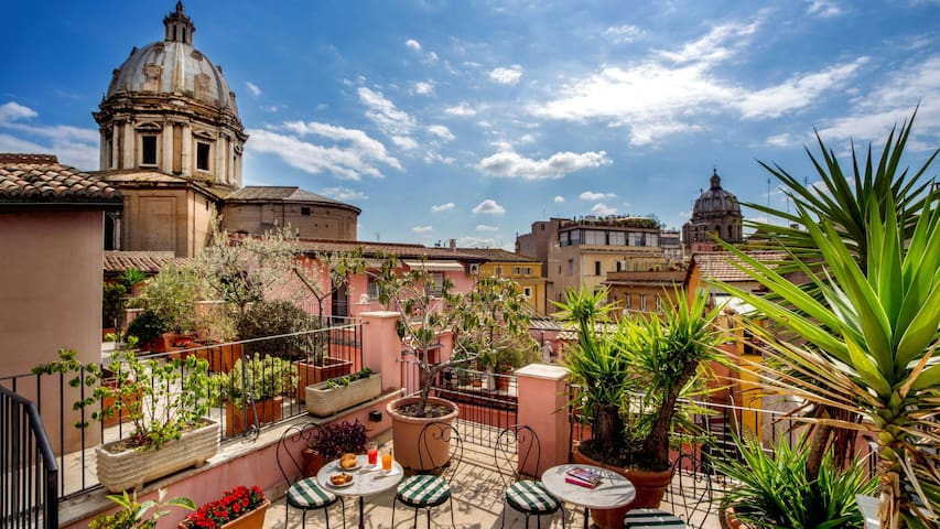 "40% off - ""Lovely Private Room - Center of Rome"""