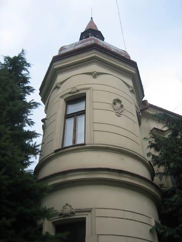 Art Nouveau Villa with the soul of an artist