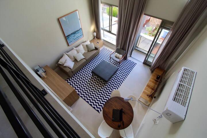 Loft Design em Jurerê ::: Poucos passos da praia!!