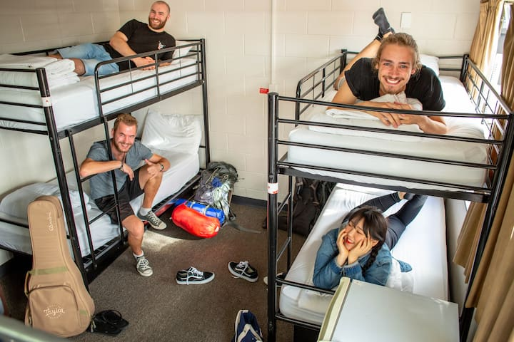 1 Bed in a 6-Bed Dormitory