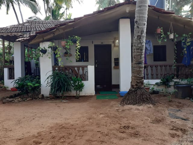 Budget Room 5 on agonda beach