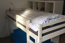 doublebed (kids until 10 years) attick
