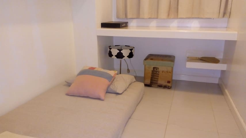 Small cozy private room with A.C near Marquee mall
