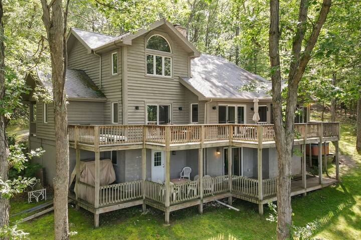 DOGS WELCOME! Secluded Lake Access Home w/Dock Slip, Hot Tub, & Sunroom!