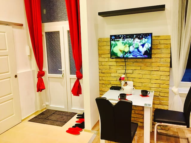Central Residence Jókai - Budapest - Apartment