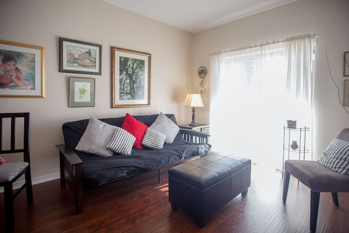 Lovely renovated condo in Thornhill - Vaughan - Apartmen