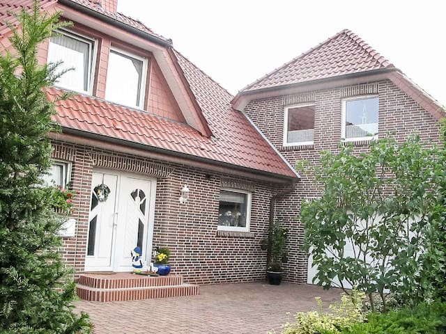Ferienwohnung/App. für 2 Gäste mit 55m² in Papenburg (68181)