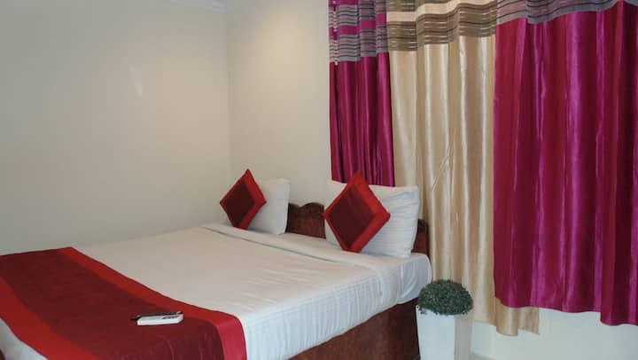 Hotel Sehrawat inn - Family Room