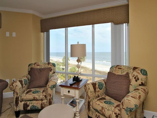 Living Room, Dining Area and Kitchen All with Ocean Views at 3433 Villamare