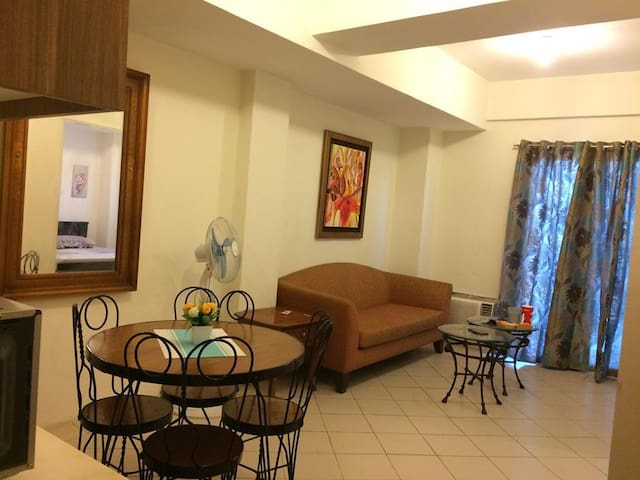 1 Bedroom Seville Tower Tres Palmas Taguig