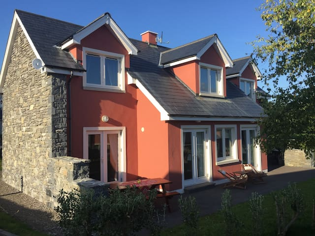 Ring of Kerry Golf Village Haus 13