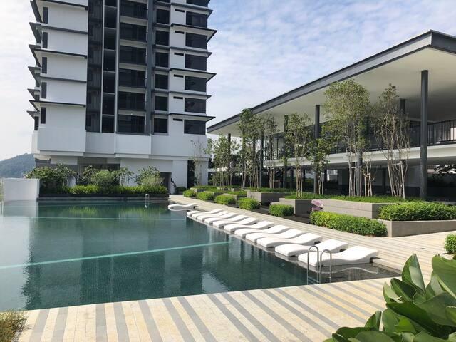 3 bedroom Poolview Suite II@Melawati, Kuala Lumpur