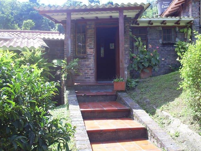 Casa Campestre de Descanso - La Vega - Rumah tumpangan alam semula jadi