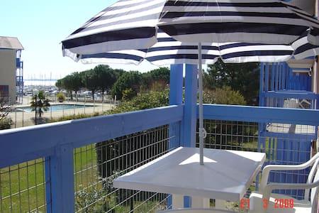 Hourtin Port T2 à 2 pas du port et plages du lac - Hourtin - Apartment
